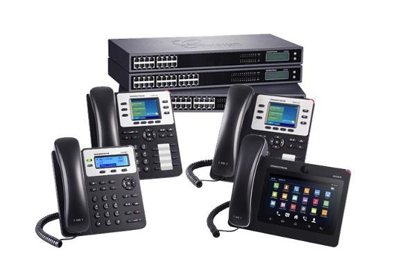 central-telefonica-ip-mas-4-telefonos-ip-D_NQ_NP_658229-MRD29328643997_022019-F